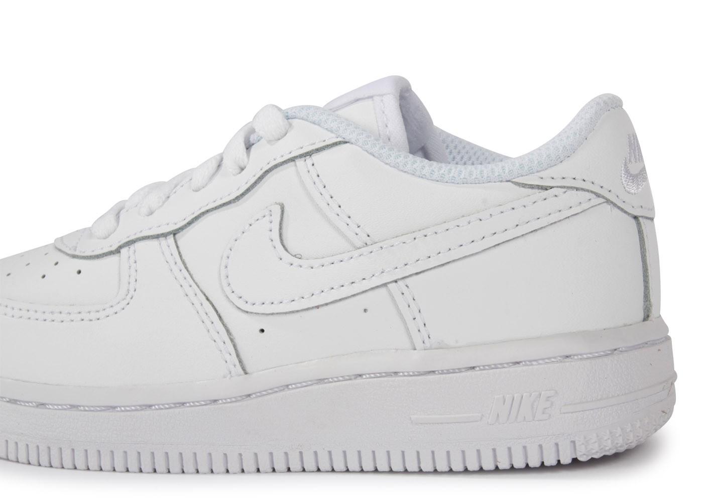60967a56fab Nike Tws5xuqp Vs Adidas Chaussure Easy Zalando Chaussures HpzAqCx ...